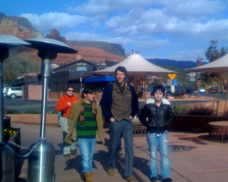 anna-and-the-boys-in-sedona2